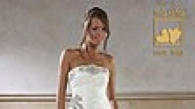 suknia ślubna projektu Urszuli Mateji