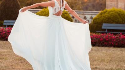 suknia ślubna Pronovias model Dramia