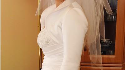 suknia ślubna r.42
