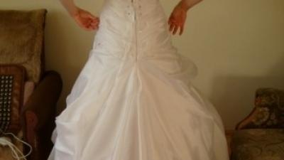 suknia ślubna rozm. 36/38 delikatna i piękna