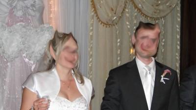 Suknia ślubna rozm. 40/42 biała satynowa + GRATISY