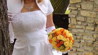 suknia ślubna rozm. 42 biust 75dd