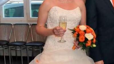 Suknia ślubna Silia annais rozmiar M ecru
