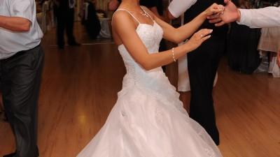suknia ślubna sincerity 3542