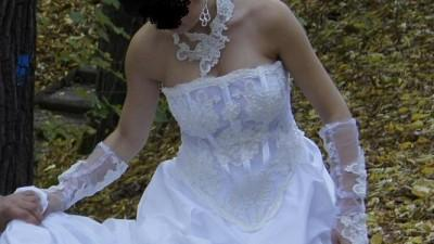Suknia ślubna Stan Idealny haft na szyje+diadem+bolerko