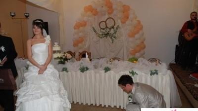 suknia ślubna w rozmiarze 38