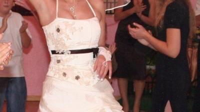 suknia slubna z dodatkami