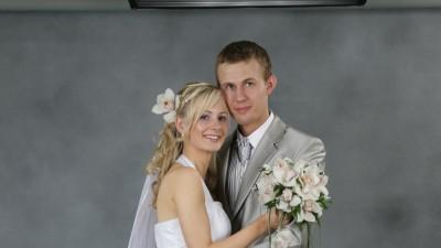 Suknia Ślubna Z kamieniami Srebra
