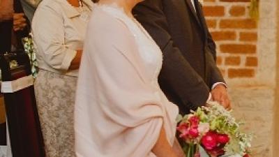 Suknia ślubna z Kolecji Mia Lavi 2016, model 1630, szyfonowa spódnica i góra z koronki, litera A