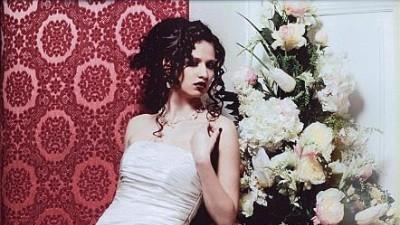 suknia ślubna z kolekcji 2009 - salon Diana