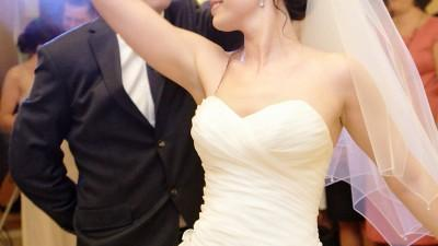 SUKNIA ŚLUBNA Z KOLEKCJI EMMI MARIAGE ROZM. 38