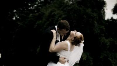 SUknia ślubna z renomowanego salonu CYMBELINE  w Kielcach