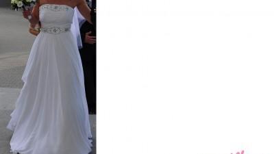 Suknia ślubna z salonu Emmi Mariage model Vanessa