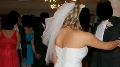 Suknia ślubna z salonu Maja we Mstowie szyta na wzór sukni Justin Alexander 8349