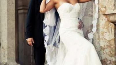 Suknia ślubna z salony Madonna w Krakowie z kolekcji Famosa