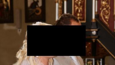 Suknia ślubna z srebrnymi kryształkami