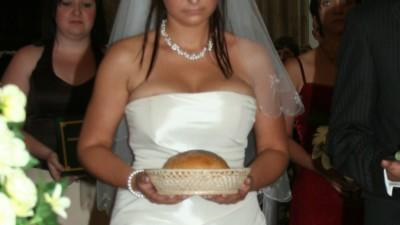 suknia ślubna z waniliowej tafty