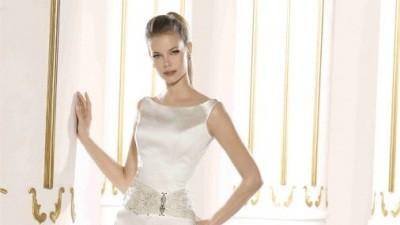 Suknia Villais model ESTELA