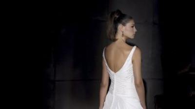 Suknia Villais na ramiączka.