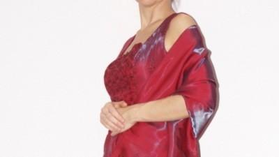 Suknia w kolorze wina