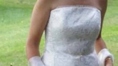 suknia wieczorowa w kolorze brązowo-beżowym