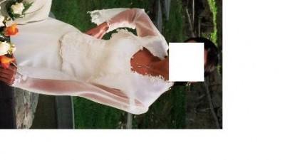 Suknia z kapeluszem
