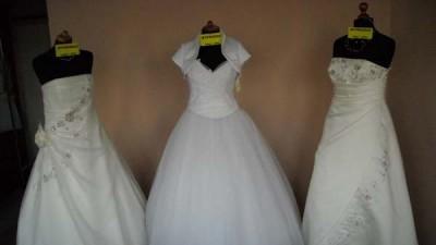 suknie ślubne sprzedam