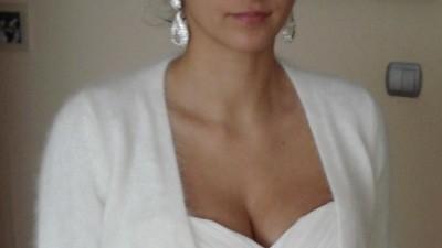 Sweterek z angory typu ślubny księżnej Kate