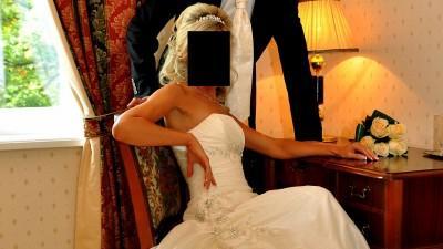 [Tanio] Śliczna suknia ślubna koloru ecru firmy Agnes 34/36