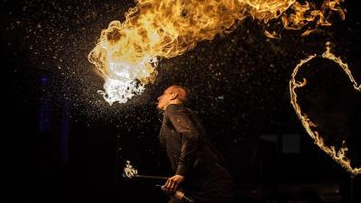 teatr ognia pokazy ognia fireshow taniec z ogniem