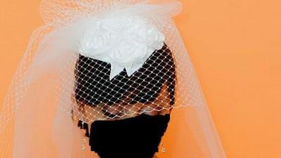 Toczek  sślubny z welonem