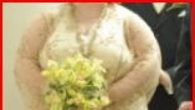 Unikalna suknia ślubna dla puszytej kobietki