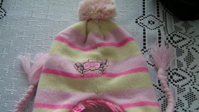 Urocz czapeczka Barbie dla małej modnisi!