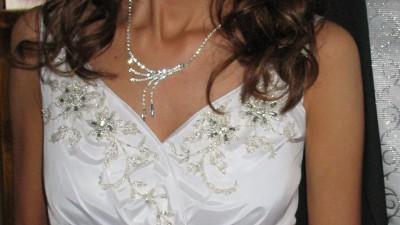 Urocza suknia ślubna 34-38 + 4 gratisy!