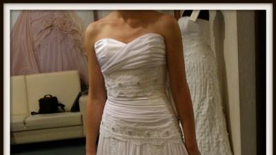 Urokliwa suknia Papilio 925