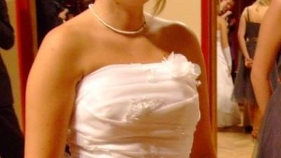 Wyjątkowa, skromna i bardzo wygodna suknia ślubna