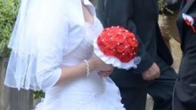 Wyjątkowa suknia ślubna 2014