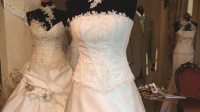 Wyjątkowa suknia ślubna Farage 34/36 dla drobnej osoby