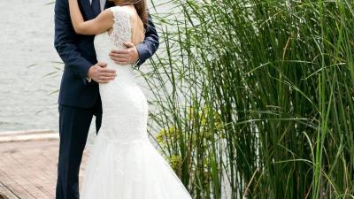 Wyjątkowa suknia ślubna koronkowa rybka S 36