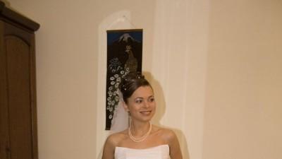 wyjatkowa suknia slubna Miss Kelly2007,wykonczona NATURALNYMI PERLAMI