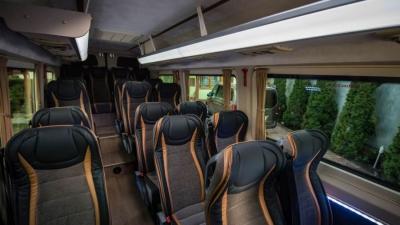 Wynajem busa dla gości- przewóz osób gości weselnych bus dla pary młodej Warszawa