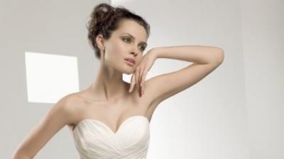 wyprzedaż NOWA NIE UŻYWANA  suknia ślubna Elianna Moore kolekcja 2010