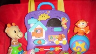 zestaw zabawek sensorycznych