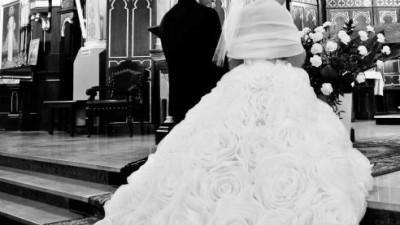 Zjawiskowa suknia ślubna Nuria by Aire Barcelona