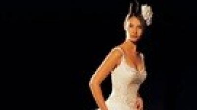 Zmysłowa suknia Justin Alexander 8942