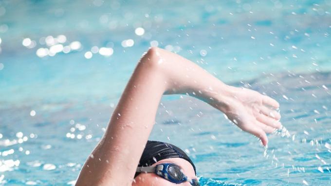 Плавание для похудения - это работает?