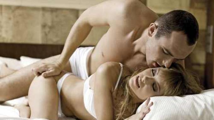 kobiecy orgazm wytrysk obok orgia kumple