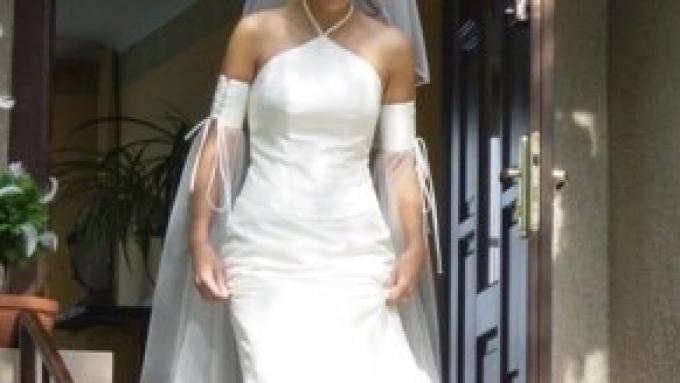 57a35afb5b MADAME ZARĘBA - PRZEŚLICZNA SUKNIA Z KRYSZTAŁKAMI SVAROWSKIEGO!! - Suknie  ślubne - Zdjęcie 1 - Ogłoszenie - Galeria - Komis