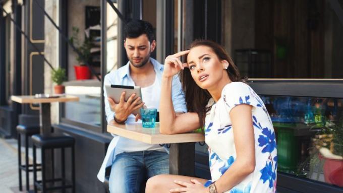 randki SMS-y i zasady połączeń zwykłe randki lub więcej