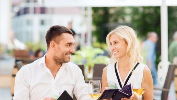 Twoja pierwsza porada na randce z pocałunkiem randki niedbale wyłączne